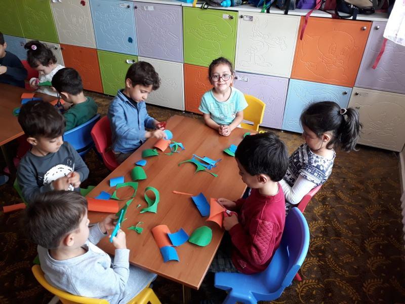 Okulumuz Anasinifi C Subesi Geometrik Sekillerden Sanat Etkinligi